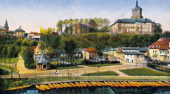 Burgberg mit Synagoge um 1900