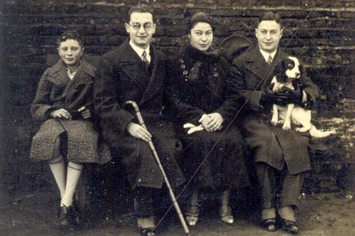 Ernst, Kurt, Hilde und Erich Leffmann in Kleve ca. 1934_705